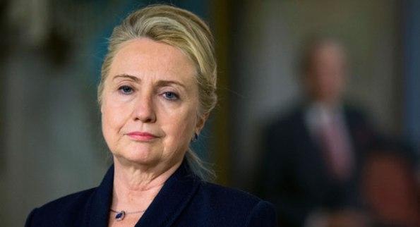 Hillary Clinton, dimessa dall'ospedale pronta a testimoniare
