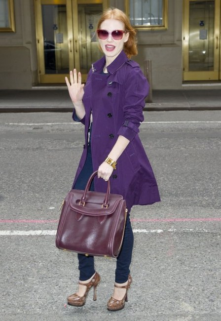 jessica-chastain-and-alexander-mcqueen-heroine-bag-gallery