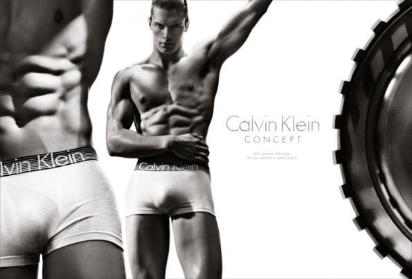 calvin-klein-underwear-s13-m_ph_kleinsteven_sp01-800x543