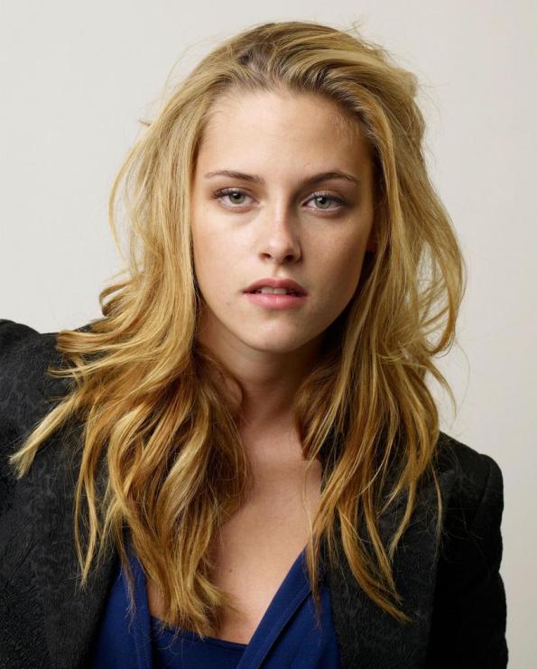 Kristen Stewart, avances respinte dal regista Rupert Sanders per amore di Robert Pattinson