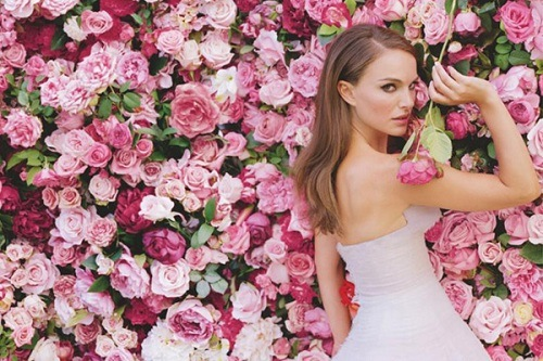 Natalie-Portman-Miss-Dior-Eau-De-Toilette