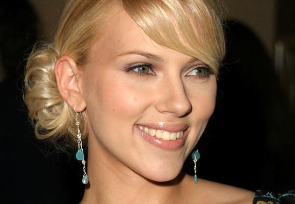 Scarlett Johansson, nuovo percorso musicale con la sua band al femminile